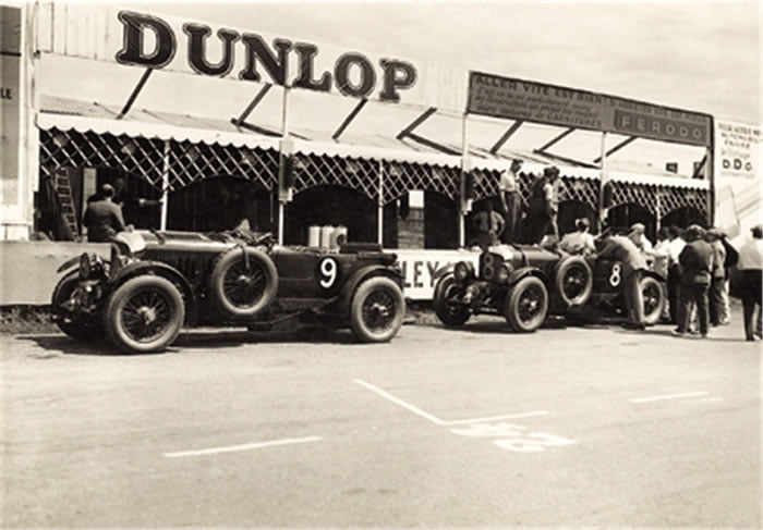 Glen Kidston and Bentley Chairman, Woolf Barnato, famously won the 1930 Le Mans 24-Hour race in the Bentley Speed Six 'Old Number 1'.