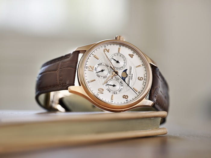 Frederique_Constant_2015_Runabout_Moonphase_FC-365RM5b4