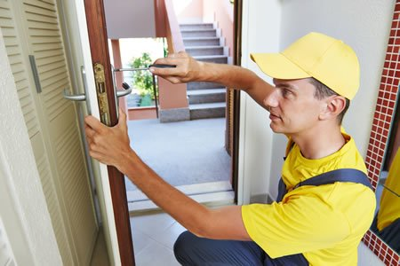 The Reasons Why You Need to Hire Locksmith