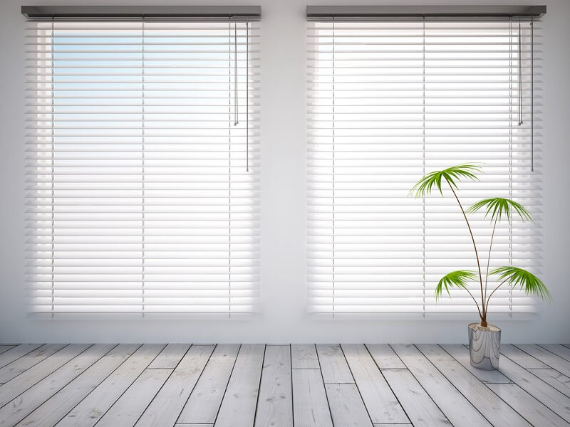 Selecting Cafe Blinds