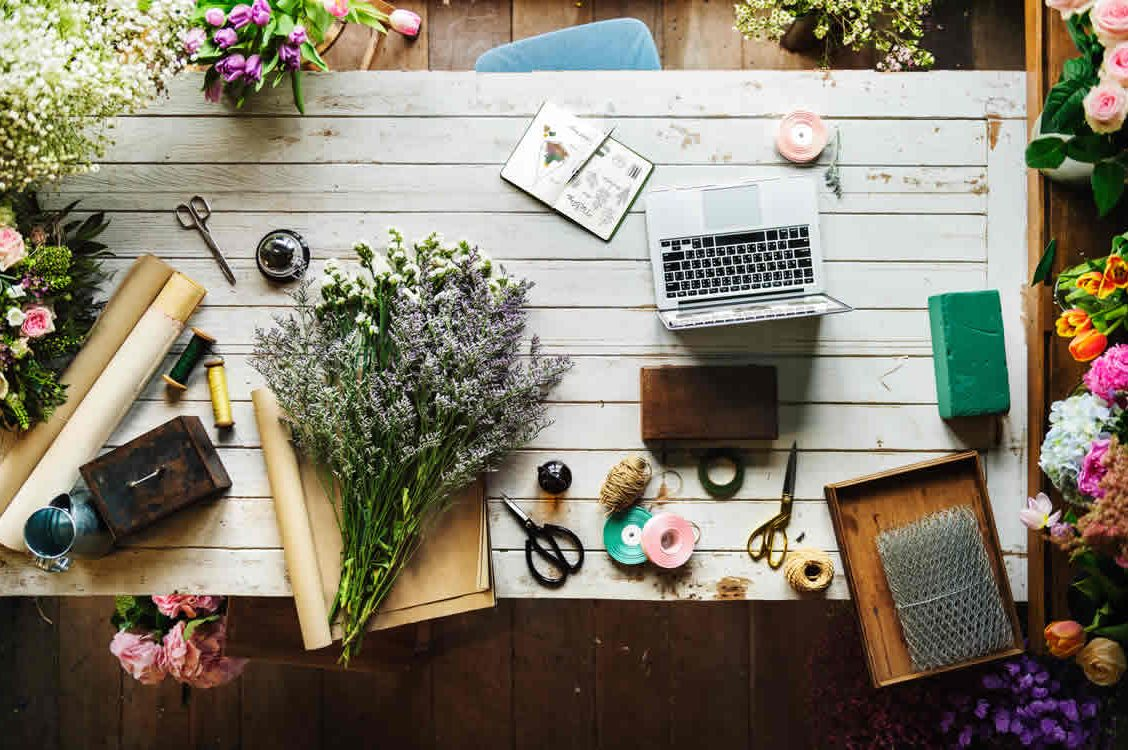 Gifting Flowers – What You Should Know before Stepping into a Florist's