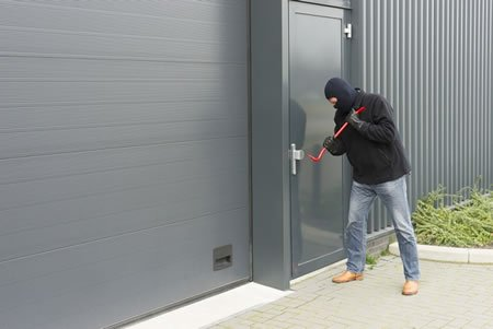 Top 4 Advantages of Installing Roller Shutters