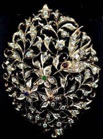 Kingfisher by Garden City, 18K yellow gold Peranakan Design Diamonds Pendant / Brooch