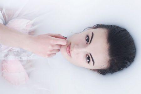 8 No makeup beauty secrets you should know about