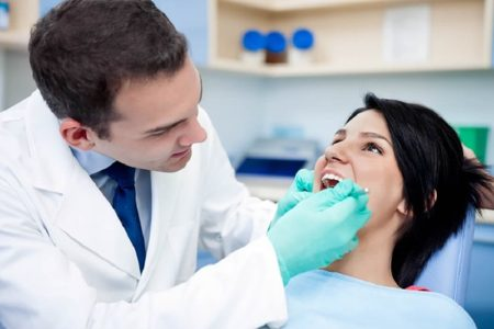 How Beneficial Is It to Visit A Clinic for Dental Care?