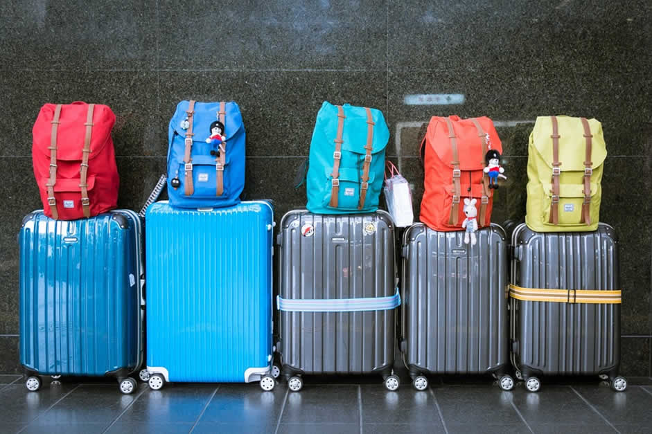 The Art of Packing Smart: 7 Tips to Save Space in Your Luggage