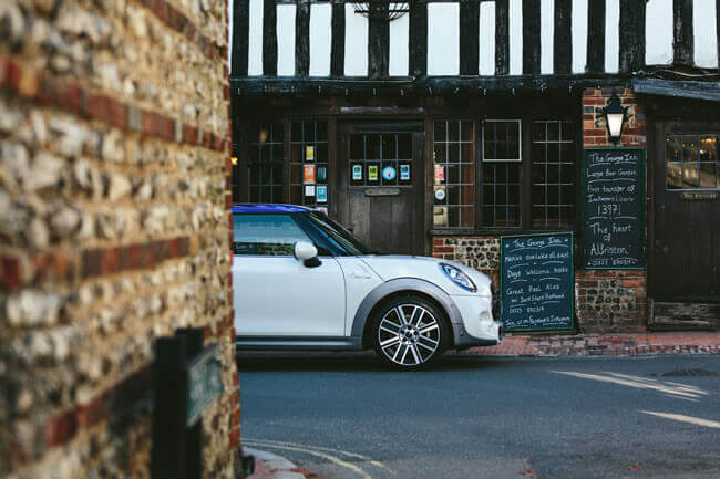 MINI designs an exclusive one-off car for charity to toast the royal wedding