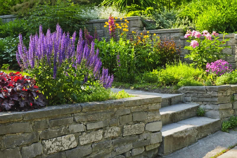 The Complex Engineering Behind Retaining Walls Design