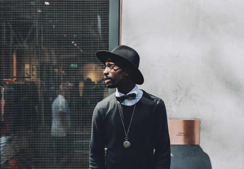 7 Trendy Men's Accessories to Include in Your Wardrobe