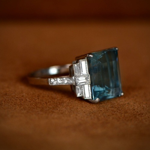 Seine Ring Artistic
