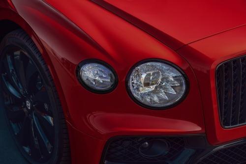 FLYING SPUR V8 Power Luxury Cars