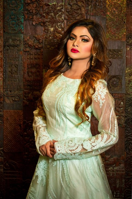Fashion Buying Group Online Unveils New Collection of Ethnic Clothing Wear And Designer Salwar Kameez