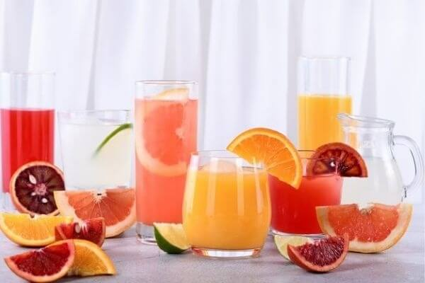 Detox drinks and Juices