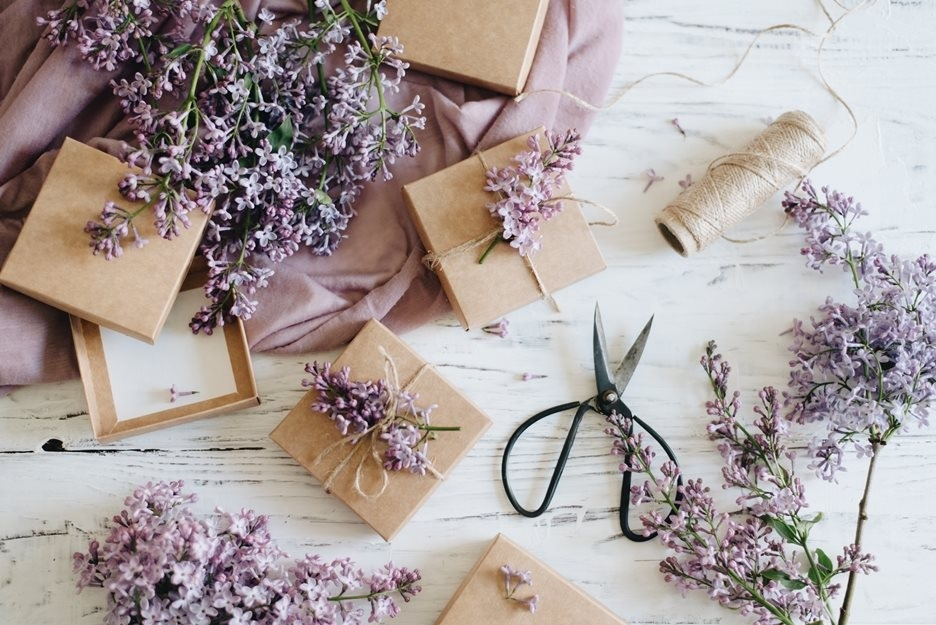 4 Ways To Add A Personal Touch To A Gift